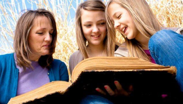 JH39: Homeschooling is About Relationships with Vicki Tillman